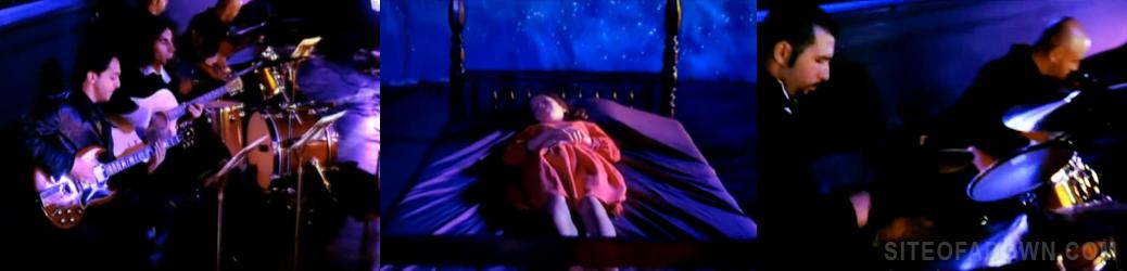Imagem do vídeo-clipe de Question!