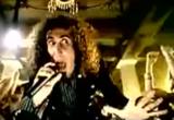 Imagem do clipe de 'B.Y.O.B.'