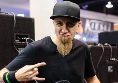 Novo álbum do System of a Down acontecerá, diz Shavo Odadjian