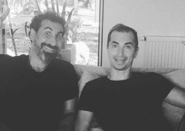 Serj Tankian participa do novo álbum solo de Jimmy Urine, vocalista do Mindless Self Indulgence
