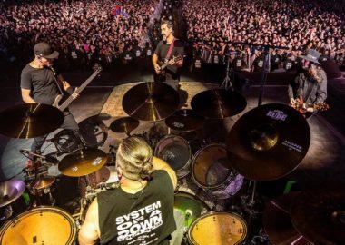 System of a Down encerra turnê norte-americana com show lotado em Las Vegas