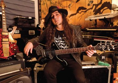 Daron Malakian já está trabalhando em novo álbum do Scars on Broadway