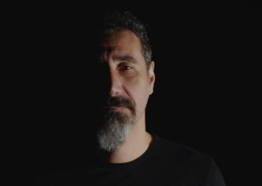 Serj Tankian fala sobre ataques terroristas contra mesquitas na Nova Zelândia