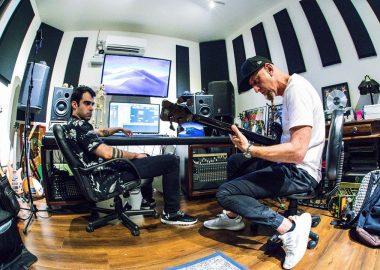 Shavo Odadjian se prepara para lançar novas músicas em carreira solo