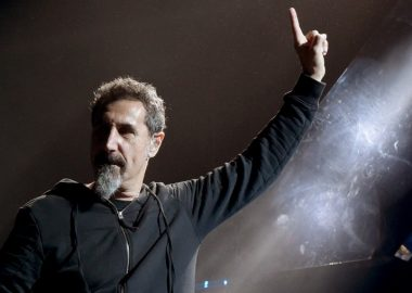 Serj Tankian descarta possibilidade de novas músicas do System of a Down no momento